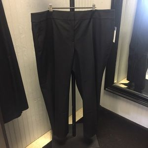 New with tags Sejour curvy fit black pants.